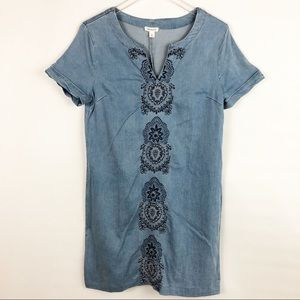 Westport   Chambray Embroidered Shift Dress Sz 8